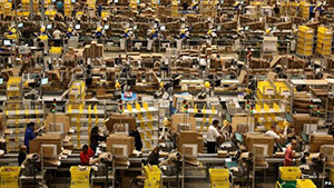Amazon-packing-orders300