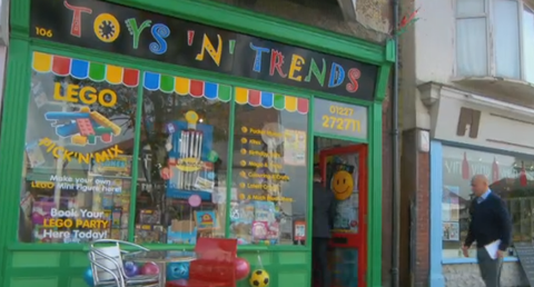 Toys-n-Trends-480