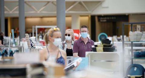 Face masks in shops